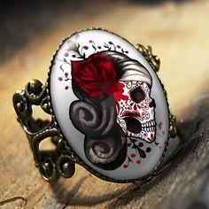 Day of the Dead Sugar Skull Ring!