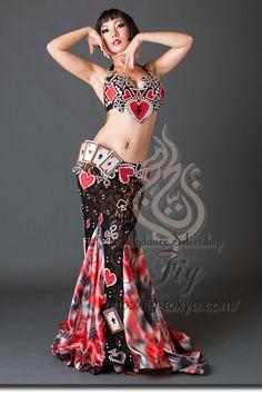 Design by Anastasiya / Model: TIDA / Fig Belly Dance #figbellydance #bellydancecostume #worldwideshipping