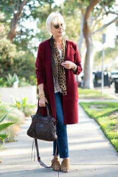 Ready for sweater weather! Casual denim look with a burgundy sweater-jacket, leopard scarf, and Balenciaga motocross bag. Fall Fashion Trends, 50 Fashion, Autumn Fashion, Fashion Outfits, Womens Fashion, Fashionable Outfits, Trendy Fashion, Fashion Boots, Fashion Jewelry