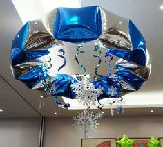 Decorar el techo Hanging Balloons, Helium Balloons, Foil Balloons, Balloon Ceiling, Ceiling Decor, Ballon Decorations, Birthday Decorations, Balloon Cars, Balloon Ideas