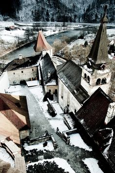 Orava castle, Slovakia Bratislava, Famous Castles, Beautiful Castles, Austria, Beautiful Places In The World, Central Europe, Eastern Europe, Capital City, Czech Republic