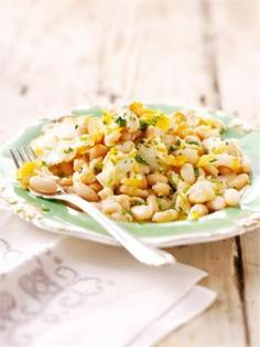 Smoked cod and canellini beans - Nigella Cod Recipes, Bean Recipes, Fish Recipes, Seafood Recipes, Cooking Recipes, Healthy Recipes, Paleo Meals, Cooking Time, Delicious Recipes