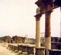 Pompeii photo: Robert Bovington 1975 https://plus.google.com/+RobertBovington/photos