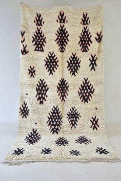 "ISLE OF TIREE 11'8"" x 6' Boucherouite Rug. Vintage Moroccan. Tapis Berber. Mid Century Modern Design Compliment. DE16-61"