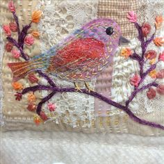 Bird Applique, Bird Embroidery, Applique Quilts, Cross Stitch Embroidery, Machine Embroidery, Embroidery Patterns, Fabric Birds, Fabric Art, Fabric Crafts