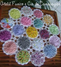 50 Easy Fuxico Projects to Do with Flaps in Under 35 Min Crochet Quilt, Crochet Motif, Crochet Doilies, Crochet Flowers, Sewing Patterns Free, Quilt Patterns, Crochet Patterns, Cloth Flowers, Fabric Flowers