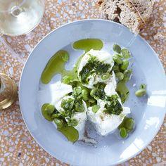Summer lovin' - mozzarella with broad beans and nettle olive oil #grangerandco #kingscross, London