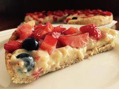 Vanilla strawberry pie anyone? Yum :)