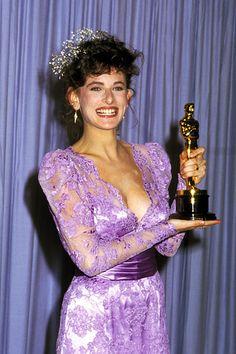 """Marlee Matlin - Best Actress Oscar for """"Children of a Lesser God"""" 1986"""