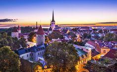 A arquitetura da Cidade Velha de Tallinn, na Estônia