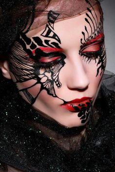 Wicked Halloween Makeup Artist, Best Makeup Artist, Halloween Makeup Looks, Masquerade Makeup, Masquerade Ball, Fantasy Make Up, Dramatic Eye Makeup, Candy Makeup, Theatrical Makeup