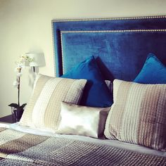 We do love a nicely finished bed! Loving the combination of champagne and Royal blue in this gorgeous new pad! #spaininstyle #LuxuryTravel #CostadelSol #Marbella #TLVC #petitcollection #Estepona