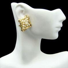 New in the #MyClassicJewelry @Etsy Shop! http://ift.tt/1rEdsaZ CROWN TRIFARI Vintage Clip Earrings Mid Century Faux Pearls Goldtone Rope Classy Elegant by MyClassicJewelry #GotVintage