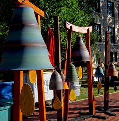 Temple bells with beautiful voices, Lawn And Garden, Garden Art, Carol Of The Bells, Temple Bells, Year Of The Snake, Ring My Bell, Asian Architecture, Ding Dong, Whistles