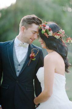 Love this groom's attire!