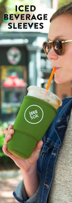 Java Sok's iced drink sleeve, discovered by The Grommet, makes drinks drip-free, thanks to a neoprene sleeve. Condensation stays off surfaces and your hands. Healthy Green Smoothies, How To Make Drinks, Things To Buy, Stuff To Buy, Coffee Drinkers, Cool Gadgets, Drink Sleeves, Inventions, Beverages
