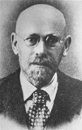 Janusz Korczak – Wikipedia, http://www.emak.org/artikel/Korczak, http://www.draloisdengg.at/bilder/pdf/Die_Rechte_der_Kinder_Janusz_Korczak.pdf