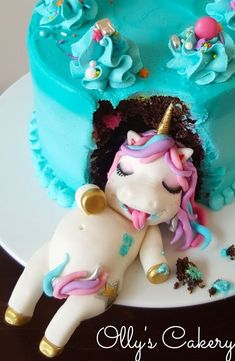 Fat unicorn cake by Amber Hohepa by Ollys Cakery cake biscuits etc. - Fat unicorn cake by Amber Hohepa by Ollys Cakery cake biscuits etc. Fat Unicorn, Unicorn Foods, Unicorn Cakes, Unicorn Cake Topper, Beautiful Cakes, Amazing Cakes, Bolo Minion, Cake Cookies, Cupcake Cakes