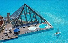 San Alfonso del Mar in chilli has the largest pool over a km long