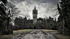 victorian abandoned palace old buildings wallpaper background