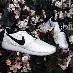 Nike Roshe http://www.creativeboysclub.com/ http://www.creativeboysclub.com/wall/creative