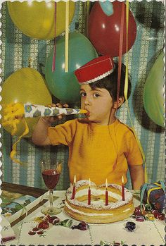 Happy Birthday Wishes Pictures Collection 04 - Latest Collection of Happy Birthday Wishes Happy Birthday Vintage, Retro Birthday, Belated Birthday, Happy Birthday Quotes, Happy Birthday Images, Happy Birthday Greetings, Birthday Fun, Bday Cards, Happy B Day