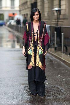 MILAN FASHION WEEK BEST STREET STYLE   http://sochnik.com.ua/fashion/milan-fashion-week-luchshiy-street-style/  #fashionweek #fashion #streetstyle #style #milanfashionweek2014 #mfw #fw #trends #womanfashion #womanstyle #beststreetstyle