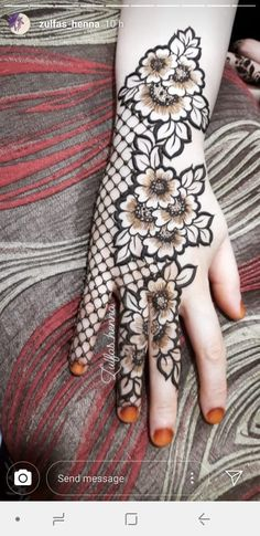 Beautiful henna pattern/new mehendi design for wedding season - Indian Fashion Ideas Floral Henna Designs, Latest Bridal Mehndi Designs, Full Hand Mehndi Designs, Mehndi Designs For Girls, Mehndi Designs For Beginners, Modern Mehndi Designs, Mehndi Design Photos, Dulhan Mehndi Designs, Wedding Mehndi Designs