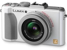 Panasonic LX series to have larger sensor | Panasonic's top-end compact camera could be set for an increase in sensor size according to Yoshiyuki Inoue, the company's Senior Engineering Planner. Buying advice from the leading technology site