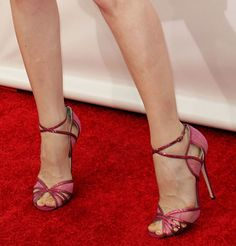 Leslie Mann in Jimmy Choo sandals at the 18th Annual Critics' Choice Movie Awards held at Barker Hangar in Santa Monica on January 10, 2013