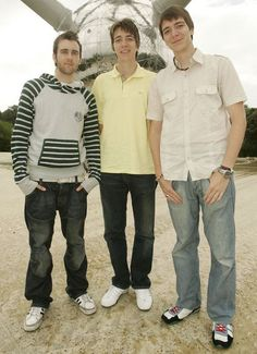 Matthew Lewis and the Phelps twins<3 and thats me imagining myself standing with them