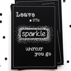 Ansichtkaart uit de webshop: Leave a little sparkle. Hang hem eens met een stukje tape aan de muur, samen met andere (interieur)kaarten en posters van Studio Catootje!