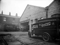 Rowntree's Depot, Oldham Road, Manchester c 1935