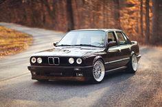 BMW E30 340i