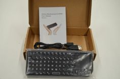 Wireless Mini keyboard2.4 GHz version 2.1 s/N 13080349 - manual included
