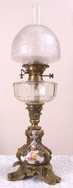 Hinks Banquet Lamp And Shade