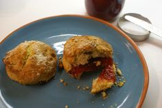 Coffee shops, food and stuff: Where have they all scone?