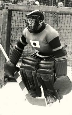 in the 1936 Olympic games, Japanese goalie Teiji Honma wore this custom mask to protect his glasses Hockey Goalie Gear, Ice Hockey Teams, Blackhawks Hockey, Hockey Memes, Sports Teams, Hockey Pictures, Sports Pictures, Montreal Canadiens, Goalie Pads