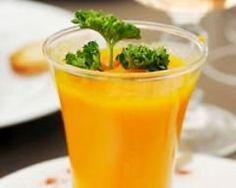 Soupe de carottes, potiron, lait de coco et curry en verrine (facile, rapide) - Une recette CuisineAZ