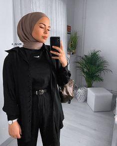 Hijab Fashion Summer, Modest Fashion Hijab, Modern Hijab Fashion, Muslim Women Fashion, Street Hijab Fashion, Hijab Fashion Inspiration, Mode Inspiration, Modest Outfits, Abaya Fashion