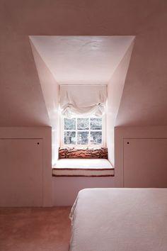 Woollahra House — Phoebe Nicol Interior Architecture Interior Windows, Living Environment, Traditional Bedroom, Loft Design, Fresco, Window Treatments, Interior Inspiration, Interior Architecture, Upholstery