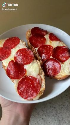Fun Baking Recipes, Snack Recipes, Dessert Recipes, Cooking Recipes, Food Tasting, Aesthetic Food, I Love Food, Food Dishes, Food And Drink