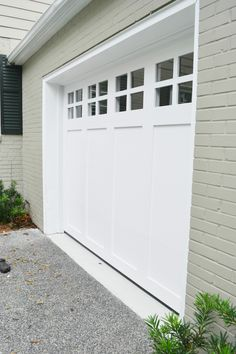 When viewing your house, the garage door shouldn't be the first thing you see. Discover new ways to design a garage door that looks as good Unique Garage Doors, Craftsman Garage Door, Garage Door Styles, Garage Door Design, Garage Exterior, Garage Door With Windows, Exterior Remodel, Craftsman Style, Car Garage
