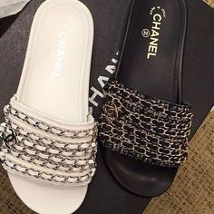 chanel sandali   25+ best ideas about Chanel slippers on Pinterest   Chanel ...