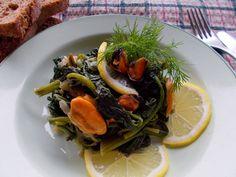 Σπανάκι+με+μύδια+ή+μύδια+με+σπανάκι Ramen, Ethnic Recipes, Food, Essen, Meals, Yemek, Eten