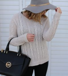 Grey Felt Hat, Gold Chain detail, MK Bag Mk Bags, Felt Hat, Chain, Detail, Knitting, My Style, Grey, Winter, Gray