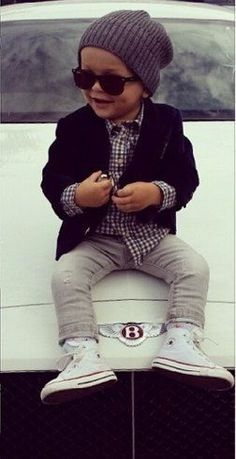 oh my goodness! So wish my son would wear glasses and hats because he would so be rocking this entire outfit for fall