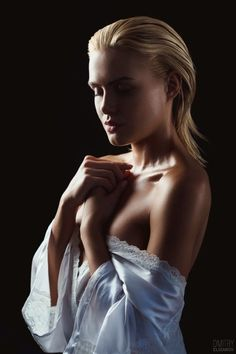 As belas modelos na fotografia fashion de Dmitry Elizarov