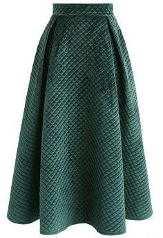 Fancy Sheen Quilted Velvet Skirt in Dark Green - SALE - Retro, Indie and Unique Fashion Dark Green Skirt, Teal Skirt, Unique Fashion, Look Fashion, Fancy Skirts, Dressy Skirts, Midi Skirts, Mode Unique, Chicwish Skirt