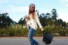 Zara jacket, Vila sweater, Pieces beanie, Celine bag, Bob Sdrunk sunglasses.